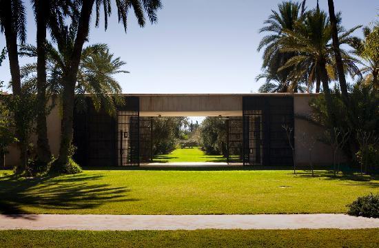 Harem : view towards garden and meditation room