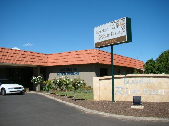 Comfort Inn Busselton River Resort : entrance