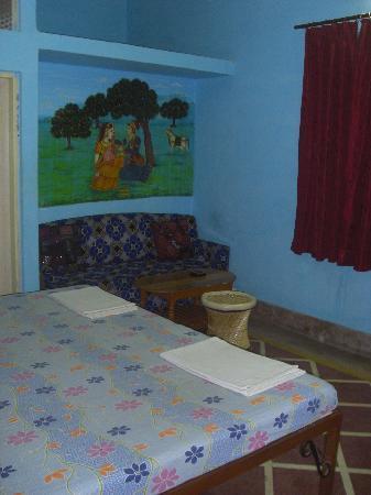Vinayak Guesthouse: deluxe room