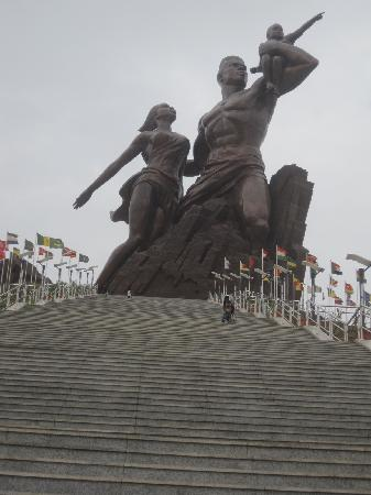 Dakar, Senegal: the Statue of Freedom and Liberation
