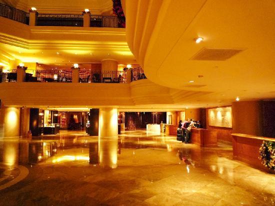 Grand Hyatt Taipei: フロント