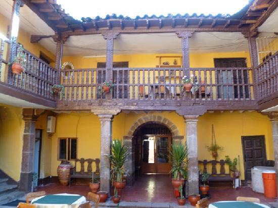 Hostal Quipu Cusco: Another courtyard shot