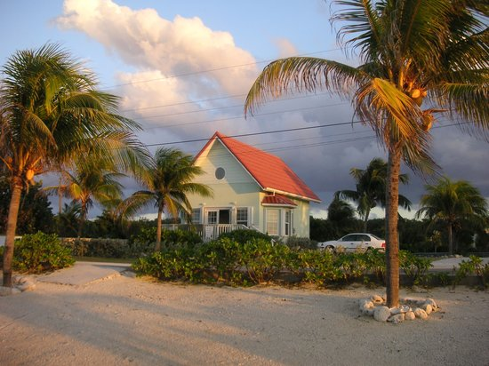 Walton's Mango Manor Bed & Breakfast: Sea Dreams villa