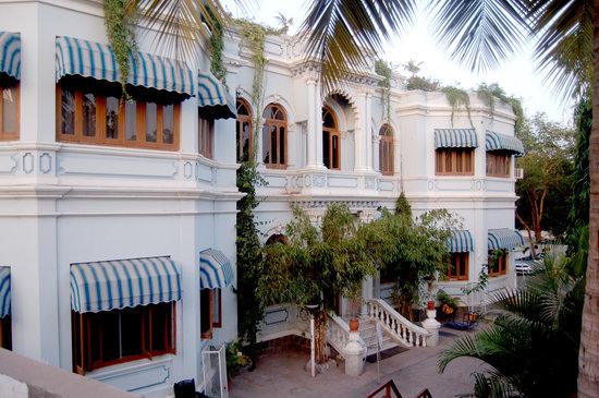 Photo of Hotel Aram Jamnagar