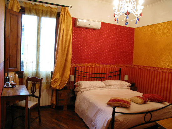 Gourmet Giglio Bianco B&B: RED ROOM