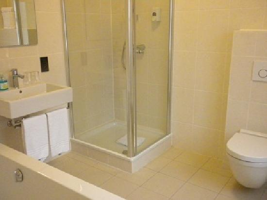 Hotel Onderbergen: bathroom