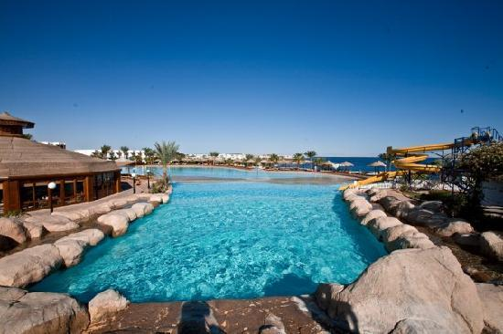 Sea Magic Resort and Spa: Main pool