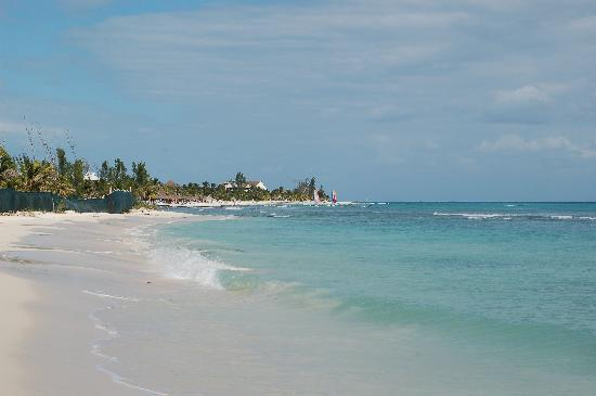 The Royal Haciendas, All Inclusive, All Suites Resort: The Royal Hacienda beach!