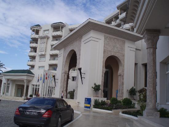 IBEROSTAR Royal El Mansour & Thalasso: Entrada do Hotel / Hotel entry