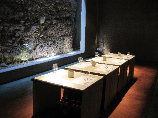B&B Plaza Italia : Wine tasting in basement of bodega during wine tour