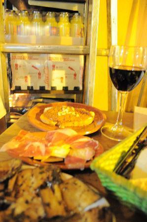 Bar Alfalfa: Jamon is a must