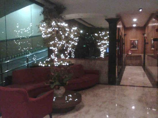 Baywatch Tower Manila: Lobby