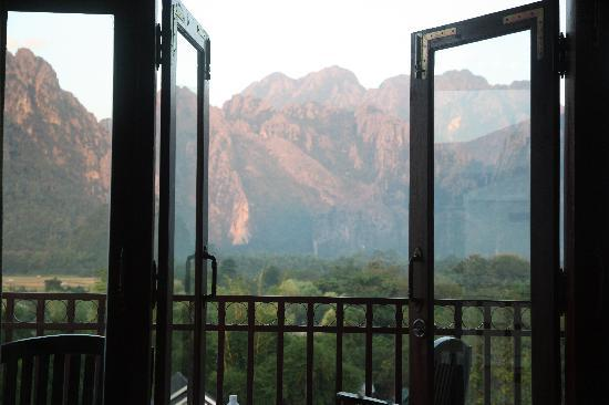 Domon Guesthouse: mountain view