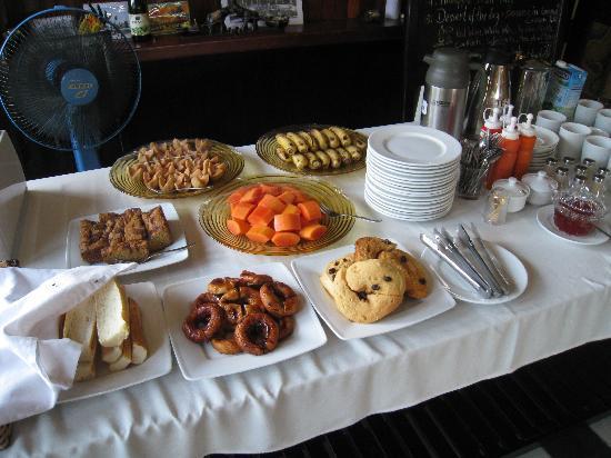 The Kool Hotel: desayuno bufet