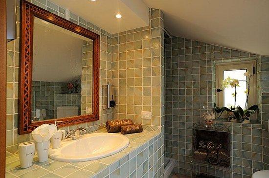 Bed & Breakfast da Giueli: Bagno privato della Suite