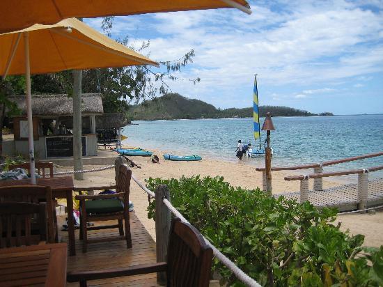 Malolo Island Resort: beach bar