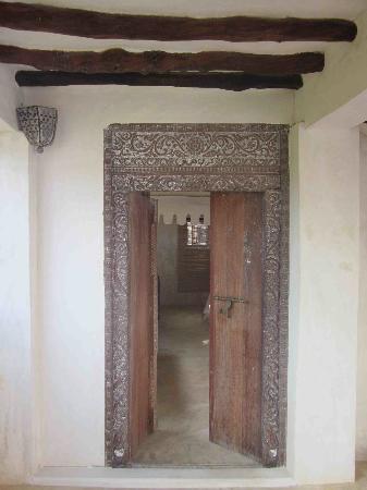 Baitil Aman Guest House: bedroom entrance