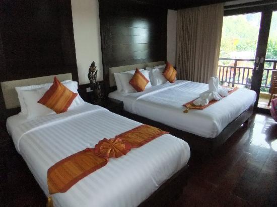 Aonang Orchid Resort: Bed