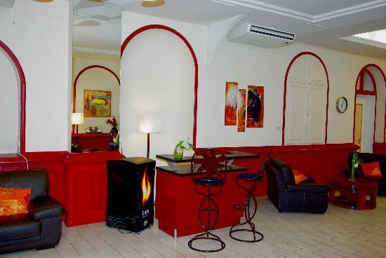 Hôtel le Clocher de Rodez : le Bar de l'hotel