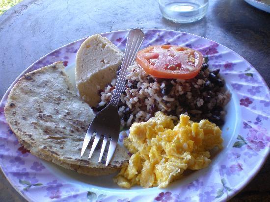 Esteli, Nicaragua: Delicioso desayuno!