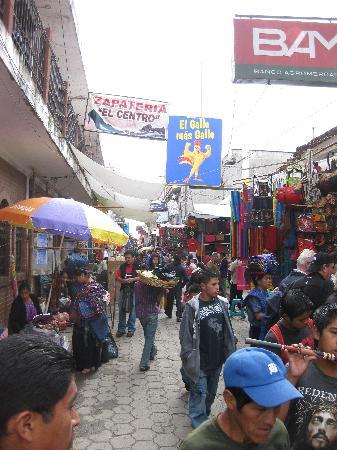Chichicastenango, Guatemala: Chichi market