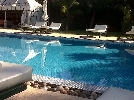 Dar Ilham: The pool