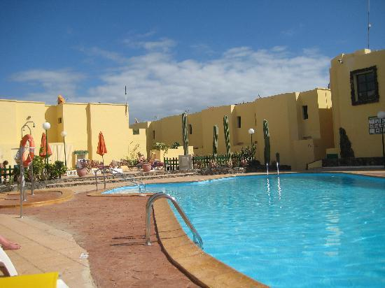 Castillo Mar: The pool