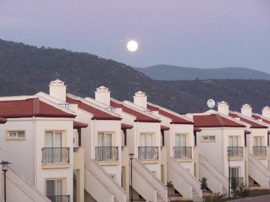 CLC Apollonium Spa & Beach : Full moon