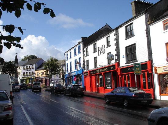 ويستبورت, أيرلندا: Westport's Main Street