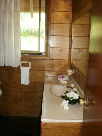 Sokala Villas: Our bathroom