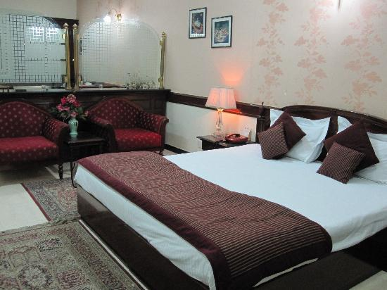 Amar Inn Hotel: Suite at Amar Inn