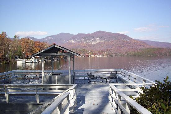 The Lodge on Lake Lure: Boathouse View