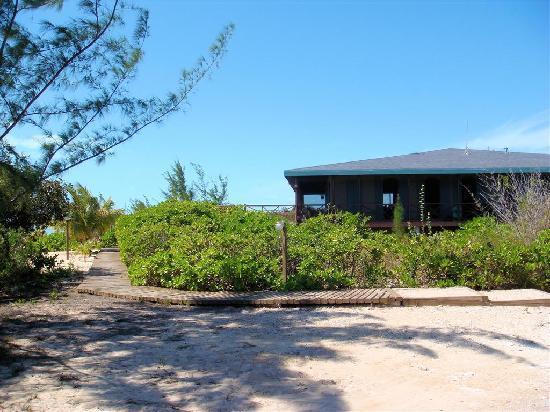 Chez Pierre Bahamas: Entering Chez Pierre