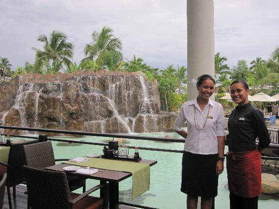"Radisson Blu Resort Fiji Denarau Island : Restaurant "" Court Water"" asian food"