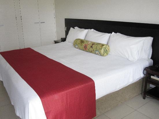 Radisson Blu Resort Fiji Denarau Island : room lagoon view