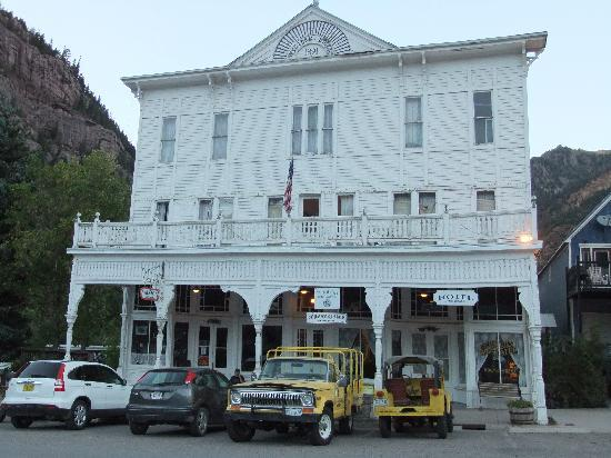 Historic Western Hotel: THats me sitting on the steps tore up tired.
