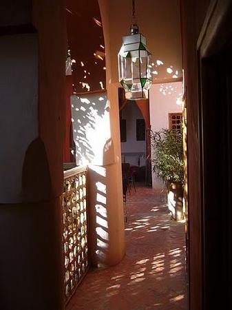 Riad Tafilag : l'entrée d'une chambre