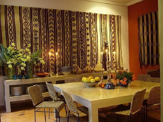 Riad Tafilag : la salle à manger