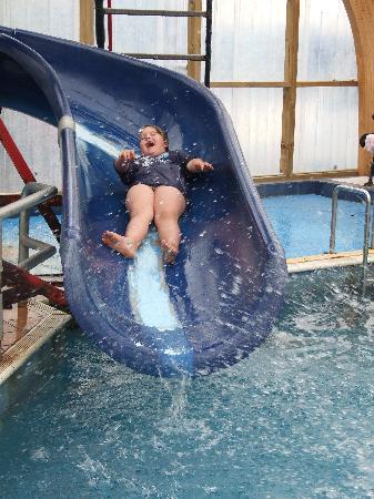 ไครช์เชิร์ช ท็อป10 ฮอลิเดย์ปาร์ค: Indoor Pool Slide