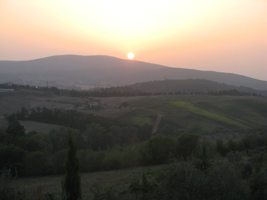 L'Aia Country Holidays: Sunset from L'Aia