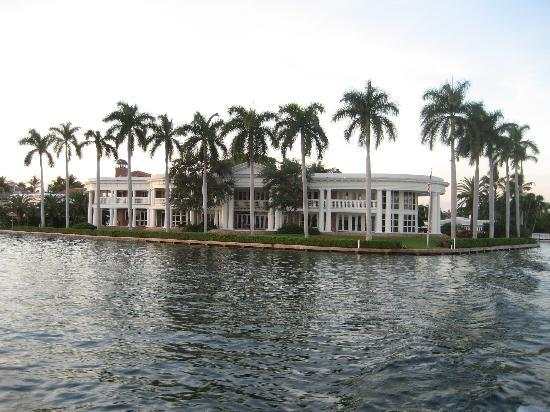 "Water Taxi: Multi million dollar home (""The White House"")"