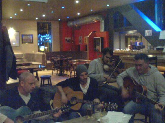 Bothan Bar Restaurant: Session-Bothan Bar, Ice Factor