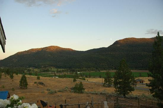 Running Waters Country Estate: The view from our room