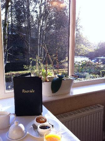 Riverside B&B: Breakfast alcove