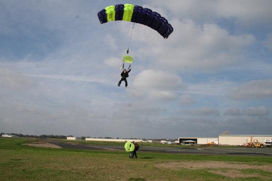 Parachute Center
