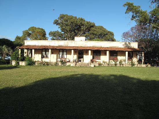 Mercedes, Uruguay: More views of the main ranch house building