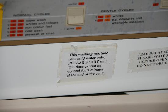 Metro Hotel & Apartments Gladstone: solo lavaggio a lavaggio a freddo!