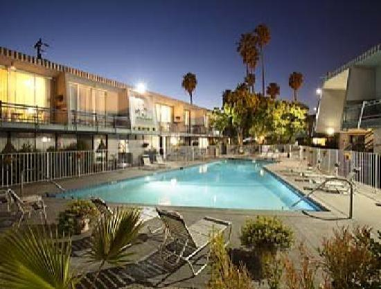 Olympic size swimming pool picture of travelodge hotel - Best hotel swimming pools in los angeles ...