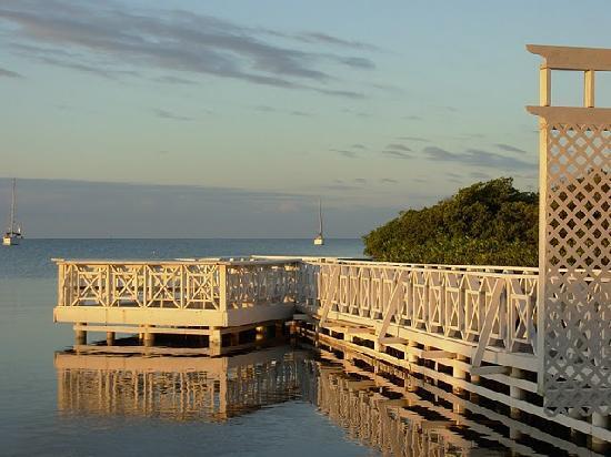 Parador Villa Parguera : Small dock, great for reading