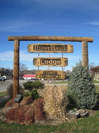 RiverBank Lodge: The Sign